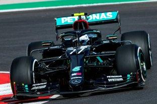 Valtteri Bottas se queda con el mejor tiempo en los primeros libres