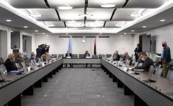"""Las partes enfrentadas en Libia acuerdan un alto el fuego """"permanente"""""""