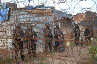Nuevo detenido por un crimen en barrio Yapeyú - Tras el ataque armado, hubo allanamientos en la zona norte, que derivaron en la detención del primero de los acusados. -