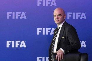 """Infantino: """"El Mundial se jugará con público"""""""