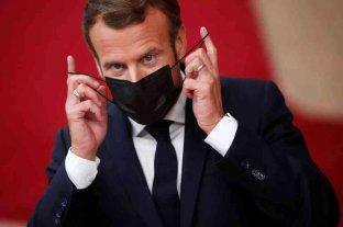 Macron advirtió a los franceses que tendrán que vivir con el virus hasta mediados de 2021