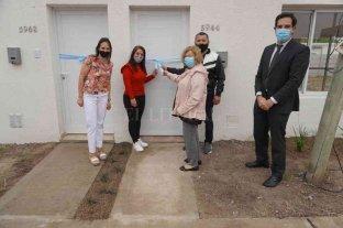 Esperanza: el gobierno de la ciudad entregó 4 nuevas viviendas