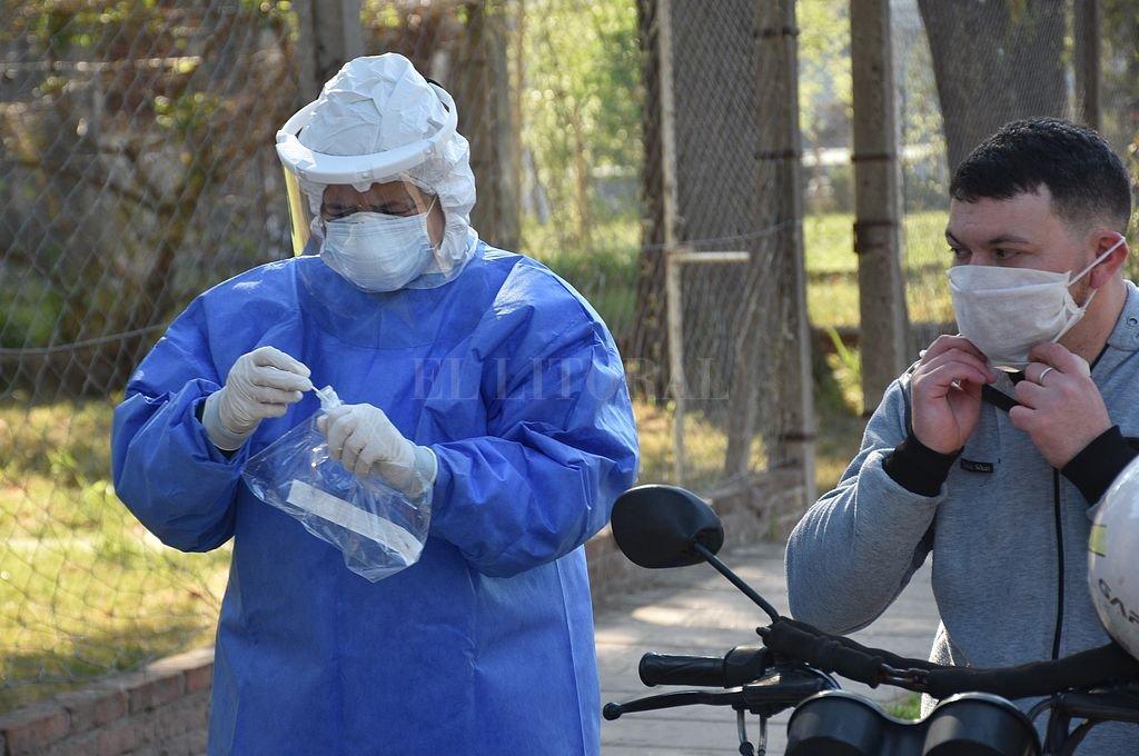 Covid: la provincia ya tiene más de 1.000 muertos y récord en la ciudad de Santa Fe con 371 casos -  -