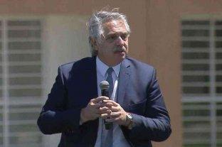 """Alberto Fernández: """"Devaluar es fácil, pero es una máquina de generar pobreza"""" -  -"""