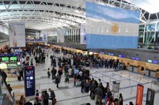 El Gobierno habilitará el ingreso de turistas de países limítrofes al área metropolitana