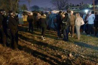 Un grupo de personas intentó ocupar terrenos de una bodega en Mendoza pero fue desalojado