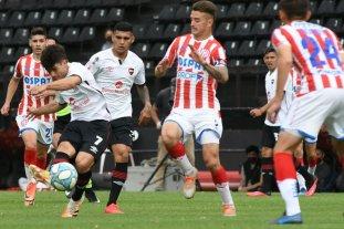 El jugador de Unión Franco Calderón dio positivo de coronavirus - Calderón en el amistoso de los suplentes frente a Newell´s