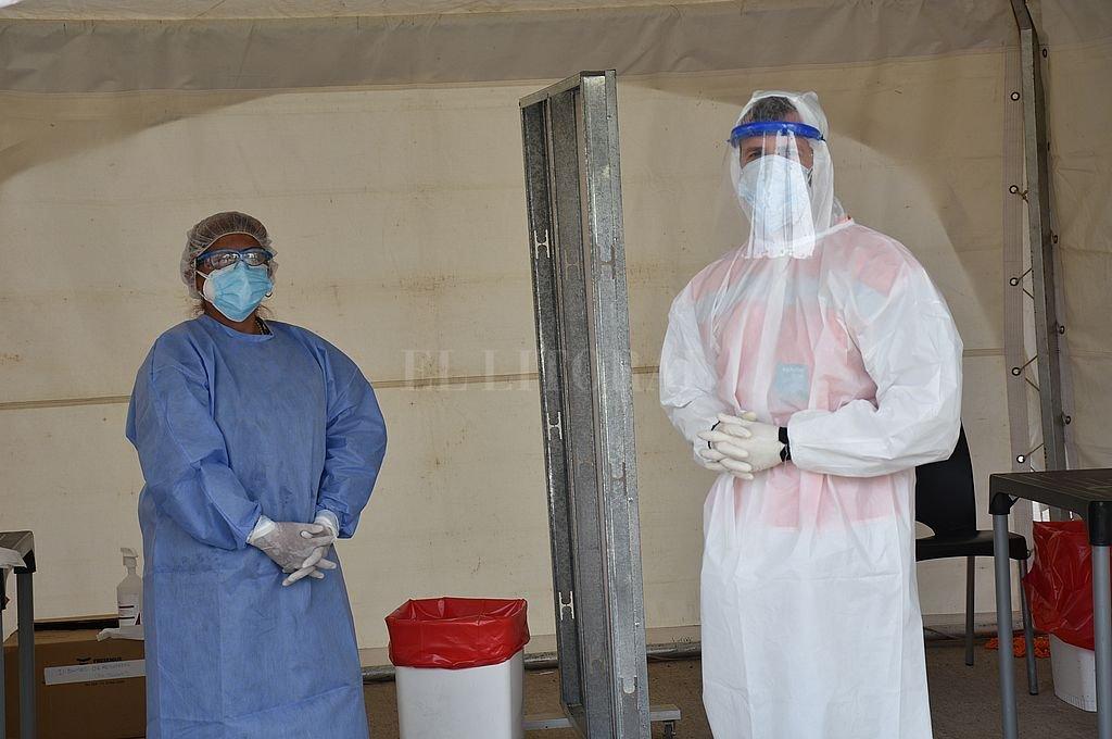 En la ciudad, 230 nuevos infectados y la provincia ya roza los 100 mil casos -  -
