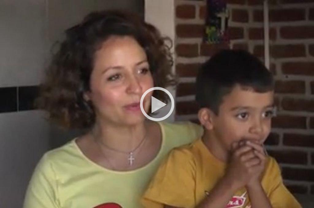A corazón abierto: organizan una pollada solidaria para ayudar a Jonás - Jonás y su mamá -