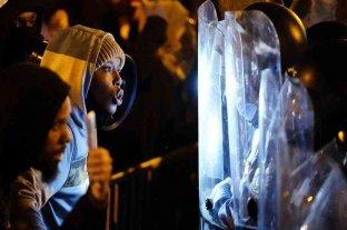 Filadelfia vivió la segunda noche de violencia tras la muerte del joven afroamericano Walter Wallace