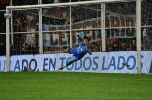 """A Burián le encanta el 3-5-2 del """"Barba"""" en el nuevo Colón"""