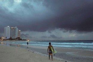 La tormenta tropical Zeta se convierte en huracán camino a Estados Unidos
