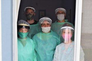 El coronavirus entró a un geriátrico y 5 voluntarios se internaron para cuidar a los abuelos