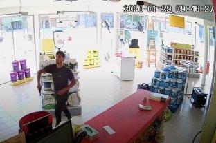 Lo condenaron después de 19 asaltos a pinturerías y carnicerías - Las publicaciones de imágenes y videos en El Litoral.com contribuyeron a que una persona lo reconociera y aportara su identidad a las autoridades. -