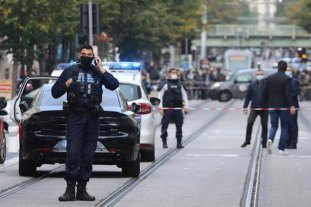 Al menos 3 muertos en un ataque terrorista en Francia, cerca de una iglesia de Niza -  -