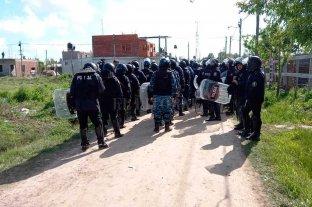 Terminó el desalojo de la toma en Guernica: hubo enfrentamientos con la policía y detenidos