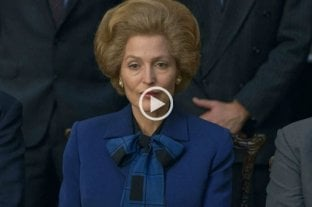 Gillian Anderson sorprende como Margaret Thatcher en el nuevo trailer de The Crown