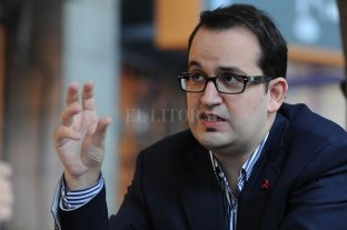 El Senado aprobó el nombramiento de Roberto Carlés como embajador en Roma