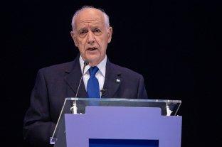Lavagna convocó al diálogo a los partidos políticos