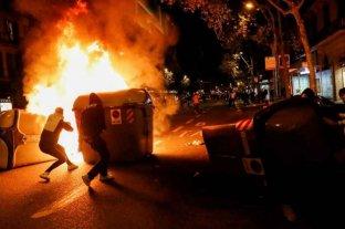 Arrestos, heridos y saqueos en una protesta contra las restricciones por Covid-19 en Barcelona