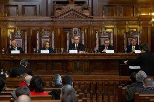 Bruglia y Bertuzzi seguirán en el cargo de manera provisoria