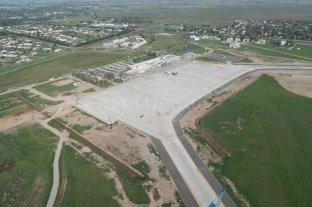 Piden conocer en qué situación se recibieron las obras del aeropuerto de Rosario