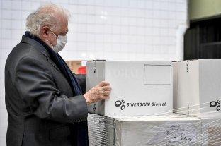 González García dijo que se podrían utilizar las escuelas donde se vota para el operativo de vacunación