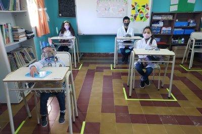 Autorizaron encuentros presenciales de revinculación en escuelas de la provincia