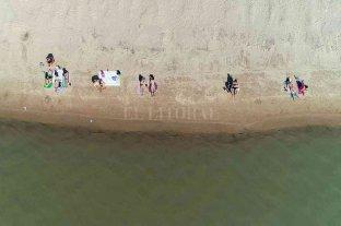 Guardavidas advierten que la gente no respeta la postergación del inicio de temporada de playas