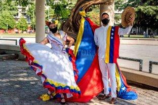Fiesta de las Colectividades: la Asociación de Venezolanos en Rosario hace su debut en la fiesta