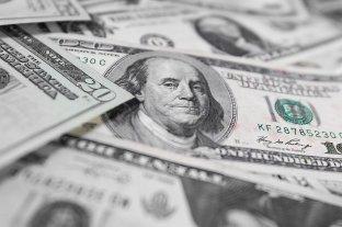 El dólar blue bajó y el Banco Central compró U$S 100 millones
