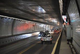 Garibay solicita información sobre contrataciones en el Túnel Subfluvial