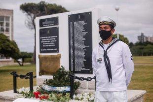Homenajean a los 44 tripulantes del ARA San Juan en la Base Naval de Mar del Plata