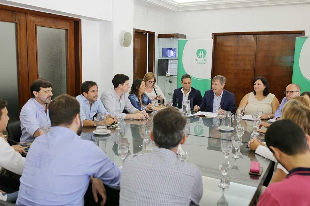 En febrero de este año, el flamante intendente presentaba el Presupuesto 2020 ante los concejales Crédito: Archivo El Litoral