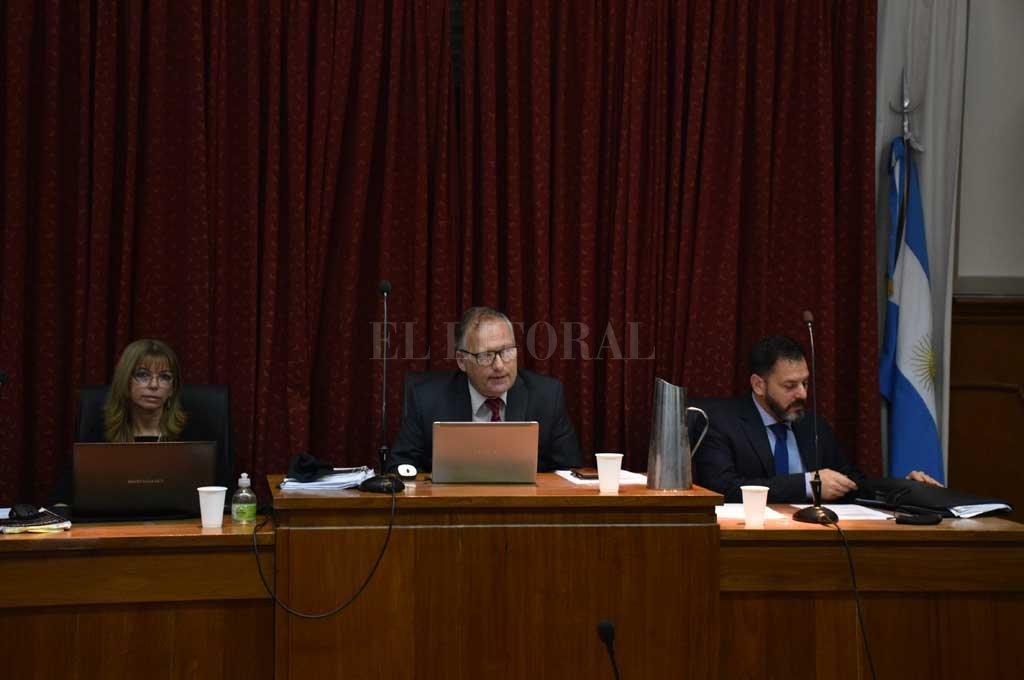 El veredicto fue leídos este martes por el presidente del tribunal, Sergio Carraro, tras deliberar junto a sus pares Rosana Carrara y Rodolfo Mingarini. Crédito: Flavio Raina