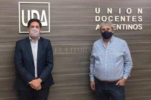 En la sede de UDA, Trotta confirmó la convocatoria a la paritaria docente
