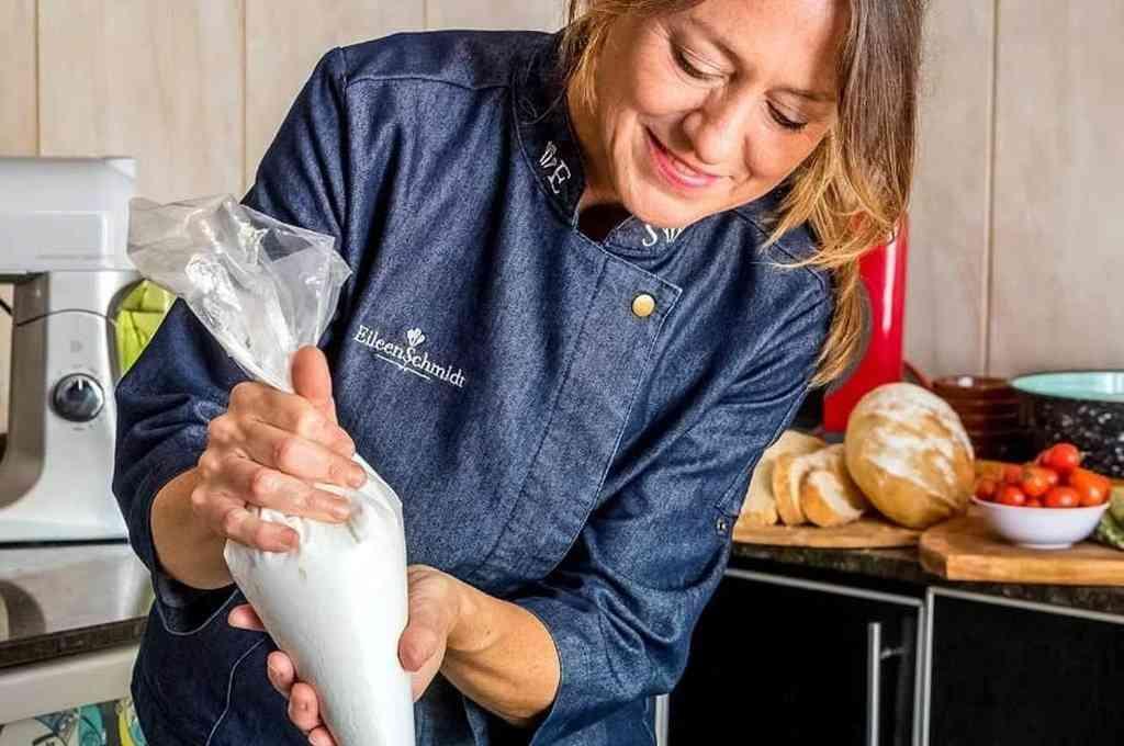 Eileen Schmidt, especializada en pastelería. Crédito: Gentileza Municipalidad de Rosario
