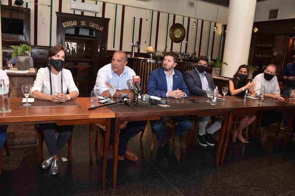 Los referentes políticos reclamaron diálogo para acordar soluciones a la crisis, y no cambiar de manera unilateral las reglas de juego electorales. Crédito: Guillermo Di Salvatore