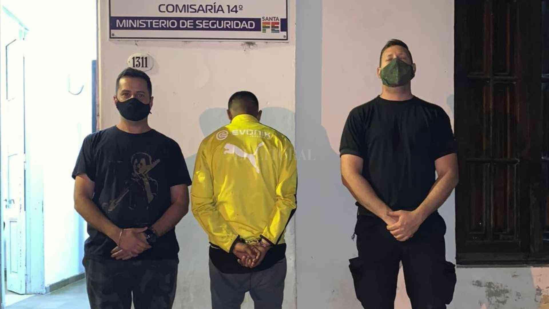 """Un hombre de 24 años quedó detenido, acusado por el delito de """"robo calificado"""" ocurrido este jueves. Crédito: El Litoral"""