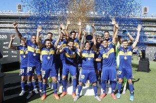 Nueve meses después, Boca recibió el trofeo de campeón de la Superliga