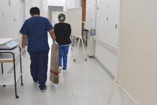 """AMRA expresó su preocupación por el """"estrés y cansancio"""" de médicos y enfermeros e intimó a las autoridades provinciales"""