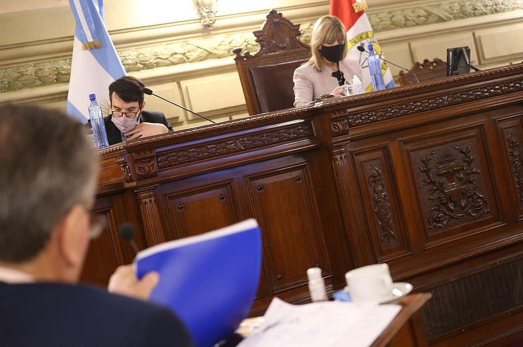 La sesión del jueves 19 del Senado contó con los tres presidentes de bloques en el recinto. Crédito: Gentileza Cámara de Senadores