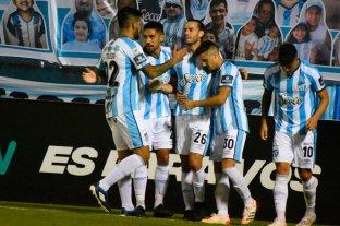 Así quedaron las tablas de posiciones tras los partidos del domingo - Atlético Tucumán ganó los cuatro partidos y tiene puntaje perfecto.  -