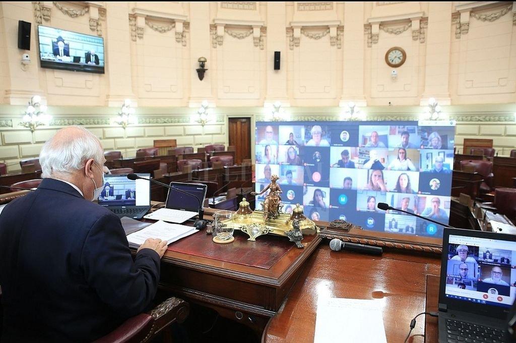 La Cámara de Diputados de la Provincia vuelve a las sesiones mixtas. Crédito: Archivo El Litoral