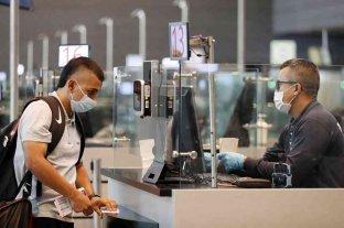 Los extranjeros que arriben al país deberán presentar declaración jurada, PCR y seguro médico