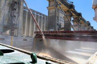 En menos de un año el Puerto de Santa Fe exportó más de 50.000 toneladas -  -