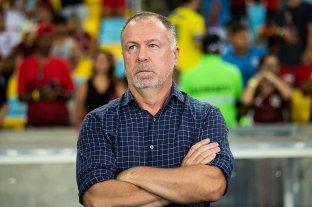Mano Menezes, DT de Bahía, dio positivo a Covid y no podrá estar en el banco ante Unión