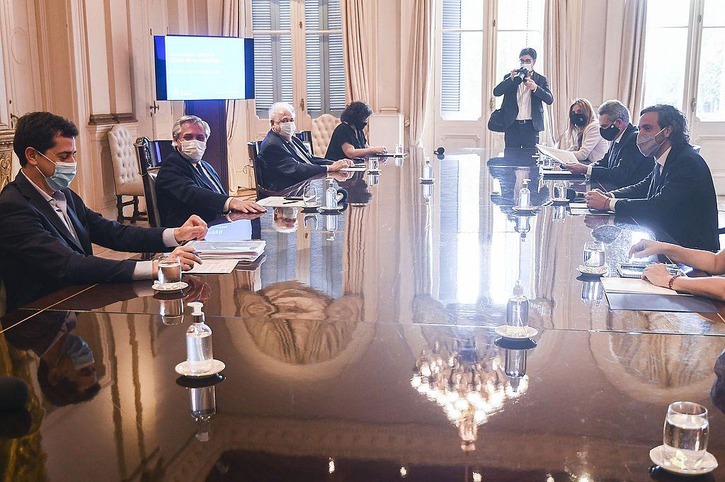 El presidente Alberto Fernández encabezó la reunión del comité de vacunación contra coronavirus. Crédito: Télam