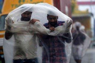 India: evacúan a miles de personas ante la llegada del ciclón Nivar