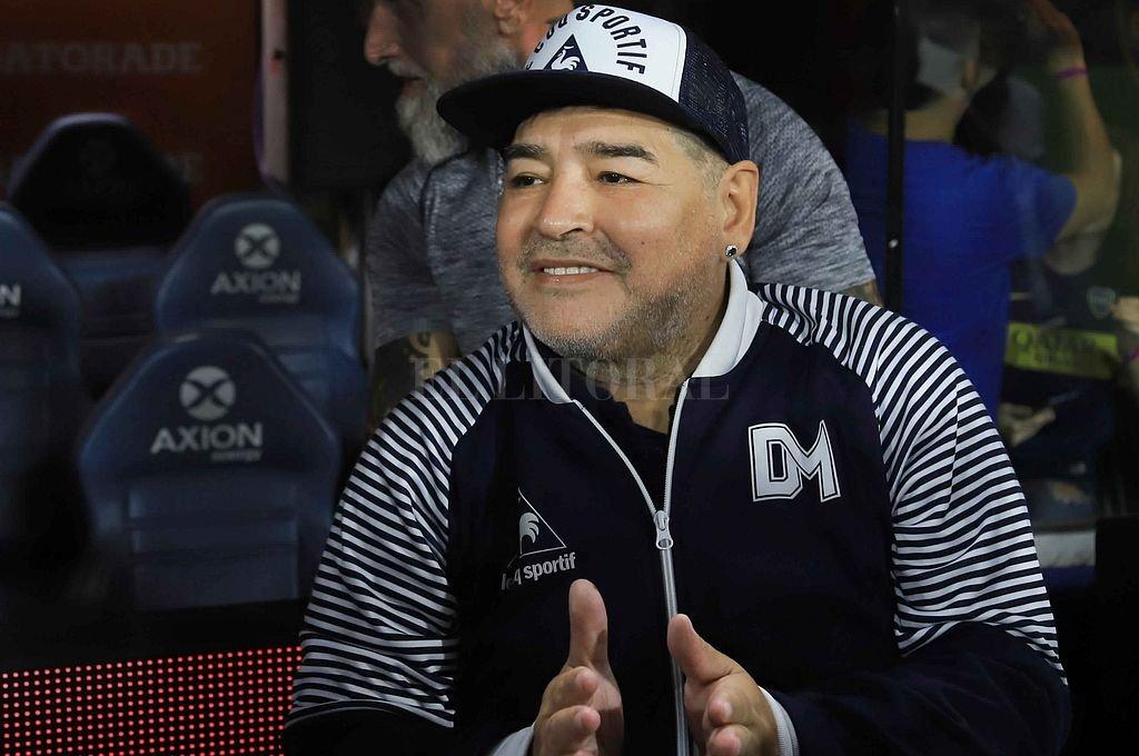 Murió Diego Armando Maradona  -  -